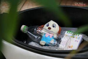 Việc thiện dễ làm : Chiếc chai nhựa trong cốp xe