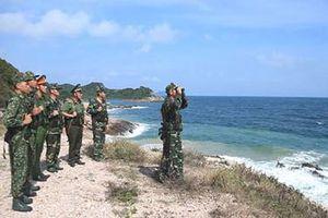 Bám biển giữ đảo Trần