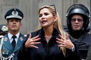 Tổng thống Bolivia cách chức Chính phủ, cắt quan hệ với Cuba
