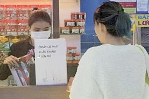 Đơn vị bán 35.000 đồng/khẩu trang tại Nội Bài đã phát miễn phí cho hành khách