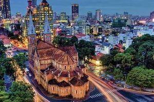Việt Nam tỏa sáng trong mắt bạn bè quốc tế