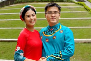 Hoa hậu Ngọc Hân đăng ảnh tình tứ với chồng sắp cưới