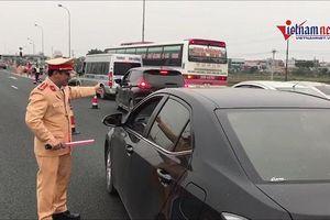 Ùn tắc nhiều km: CSGT yêu cầu xả trạm, BOT Pháp Vân - Cầu Giẽ 'mặc kệ'