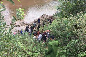 Đã bắt được nghi can sát hại rồi chôn vùi thi thể cô gái bên bờ suối ở Lào Cai