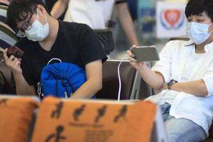 Làm gì khi phát hiện khách nghi nhiễm virus corona trên máy bay?