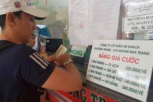 'Đỏ mắt' tìm vé xe vào TP. Hồ Chí Minh sau Tết, phụ thu đến 60%