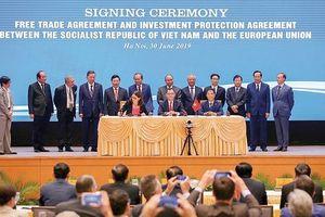 Thế giới với những chuyển động lớn và đối sách của Việt Nam