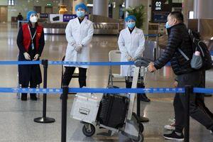 Các hãng hàng không ồ ạt hủy chuyến tới Trung Quốc vì virus corona