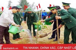 Lực lượng vũ trang Hà Tĩnh trồng hơn 35.000 cây xanh đầu năm