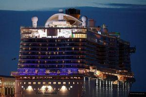 Tàu Ý bị giữ lại vì virus Corona, không có ca bệnh trên tàu