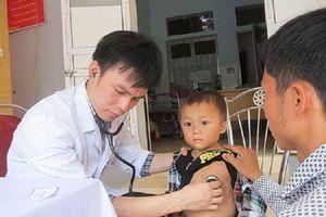 Hơn 20 bác sĩ hàng đầu Mỹ phẫu thuật miễn phí cho bệnh nhân tim bẩm sinh ở Huế