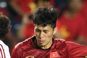 Vì sao Trọng Hoàng, Đình Trọng không thể xóa thẻ trước trận Malaysia?