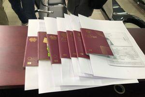 Hỗ trợ đoàn tình nguyện viên châu Âu vào vùng tâm dịch Vũ Hán
