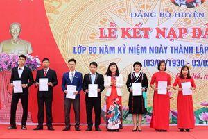Đầm Hà: Kết nạp mới 52 đảng viên
