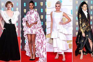 Những trang phục đẹp nhất và xấu nhất của sao nữ trên thảm đỏ BAFTASS 2020