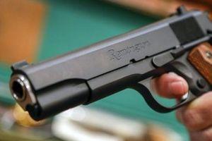 Hà Nội: Nam thanh niên 9X mua súng đồ chơi về công ty cũ cướp tài sản