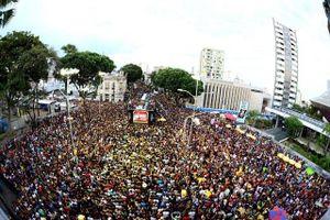 Lễ hội Carnaval ở Braxin: Trải nghiệm độc nhất vô nhị