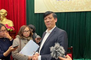 Thứ trưởng Bộ Y tế: Thông tin phường Ngọc Thụy có 4 người bị nhiễm virus corona là tin đồn