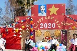 Tổ chức Festival Việt Nam cho hơn 7000 người Việt Nam tại Cộng hòa Síp