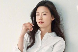 Đẳng cấp nhan sắc của 'mợ chảnh' Jun Ji Hyun dù đã 2 con ở tuổi U40
