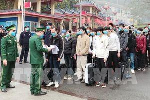 Cảm nhận của 13 công nhân từ Trung Quốc trở về được theo dõi cách ly