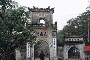 Không tổ chức Khai Ấn, đền Trần vắng vẻ đến ngỡ ngàng