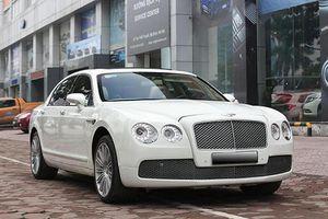 Cận cảnh xe sang Bentley Flying Spur chỉ 3 tỷ đồng ở Hà Nội