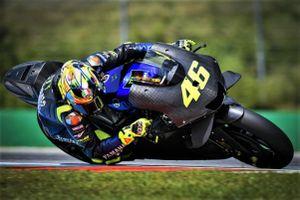 Yamaha ra mắt xe đua MotoGP mùa 2020, quyết giành ngôi vương từ Honda