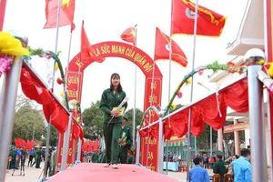 Nữ tân binh duy nhất tại Đắk Lắk lên đường nhập ngũ