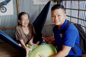 Tặng quà, phóng sanh rằm tháng Giêng tại Đồng Tháp, Tiền Giang