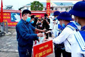 Hơn 2.600 thanh niên Quảng Ngãi lên đường nhập ngũ