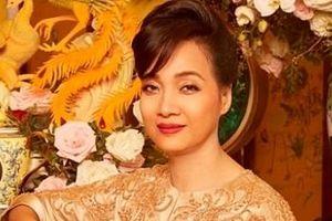 NSND Lê Khanh trở lại 'lợi hại' sau 20 năm 'gác kiếm'