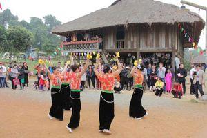 Hỗ trợ phục dựng lễ hội các dân tộc thiểu số