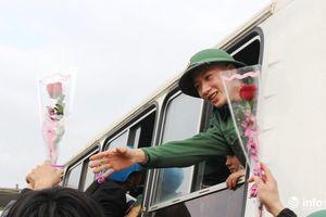 Ngày hội tòng quân: 3.100 thanh niên Nghệ An lên đường nhập ngũ