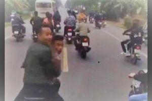 Ủy ban ATGT Quốc gia yêu cầu điều tra nhóm 'trẻ trâu' đầu trần chặn đầu xe chở tân binh