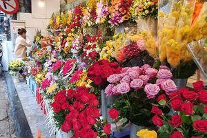 Thị trường mùa Valentine: Kênh bán hàng trực tuyến 'lên ngôi'