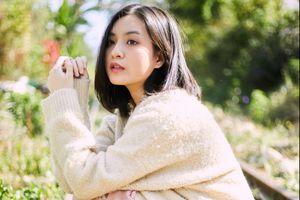 Nhan sắc hot girl 'Mắt biếc' trong lần đầu đóng MV