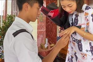 Valentine đầu tiên ngọt ngào xúc động của Phan Văn Đức dành tặng vợ
