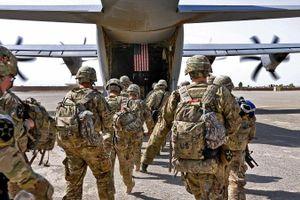 Căn cứ quân sự Mỹ ở Iraq bất ngờ bị pháo kích