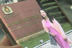 Vụ bắt nữ 'Đại tá, Cục trưởng tình báo' giả: Chủ tịch UBND huyện nói gì?
