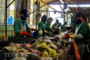 Tìm giải pháp thúc đẩy ngành công nghiệp tái chế nhựa tại Việt Nam