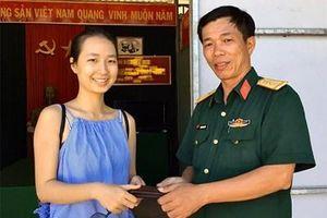 Thiếu tá QNCN Hoàng Anh Tuấn nhặt được của rơi trả lại người bị mất