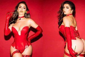 Bộ ảnh nội y khoe 'siêu vòng ba' nhức mắt của Demi Rose dịp Valentine