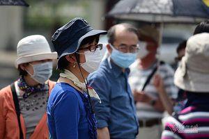 Thủ tướng: Kiên quyết rút giấy phép lao động nước ngoài 'trốn' cách ly