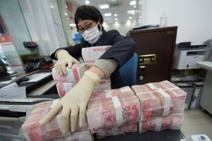 Trung Quốc khử trùng và cách ly tiền giấy