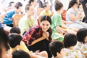 Tiểu Vy cùng các em nhỏ nhảy 'Vũ điệu rửa tay' phòng chống bệnh dịch