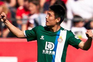CĐV Trung Quốc: 'Wu Lei hiệu quả gấp 6 lần Messi'