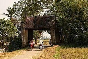 Lý do tạm dừng hoạt động đón khách tham quan di tích Làng cổ Đường Lâm