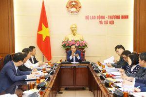 Đơn giản thủ tục đưa lao động Việt Nam đi làm việc ở nước ngoài