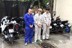 Hải Dương: Bắt giữ nhóm đối tượng gây ra gần chục vụ trộm cắp xe máy